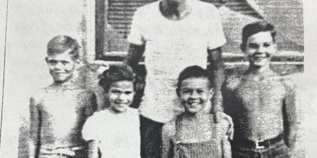 Benjamin Hall's father Roderick, his Siblings, Ian, Consuelo, and Alaistair, and father also Alaistair.