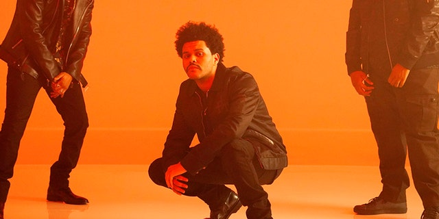 "The Weeknd's ""Blinding Lights"" intro has turned into a dance challenge on the popular video platform TikTok."