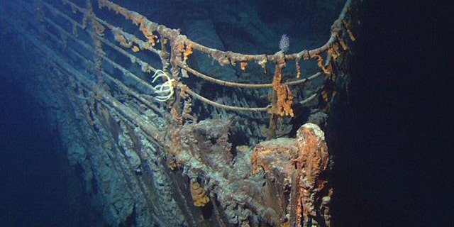 The remains of the RMS Titanic are rapidly corroding at the bottom of the North Atlantic. But a proposal to cut the ship's telegraph machine from the wreck has drawn fierce criticism. ((Image: 漏 NOAA/Institute for Exploration/University of Rhode Island)