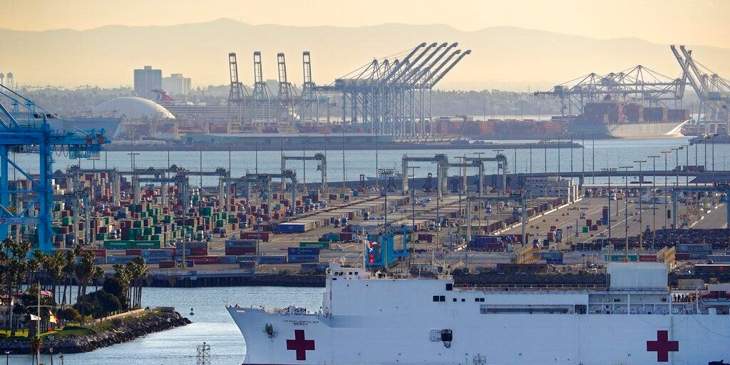 California engineer derails train over suspicion about coronavirus aid ship USNS Mercy, feds say | Fox News
