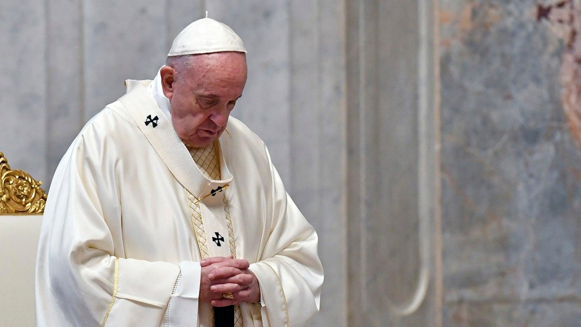 pape apporte soutien prostituées transgenres sans clients