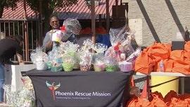 Phoenix nonprofit holds coronavirus drive-thru Easter basket distribution