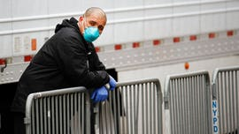US coronavirus deaths top 5,000, more states issue stay-at-home orders