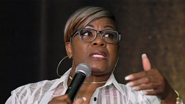 WNBA players 'have no idea if they will even be paid,' Hall of Famer Sheryl Swoopes says