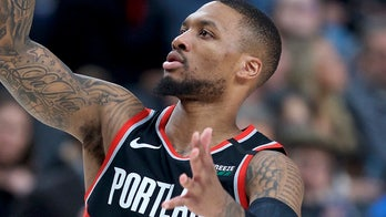 Trail Blazers' Damian Lillard admits he's not thinking about tickets when police pull up behind him
