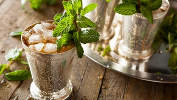 How to make a mint julep, the Kentucky Derby's signature cocktail