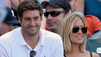 Kristin Cavallari talks exes after Thanksgiving with family, Jay Cutler spends holiday with Carrie Underwood
