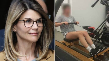 Lori Loughlin knew daughters' rowing photos would come out, doesn't think they will impact her case: report
