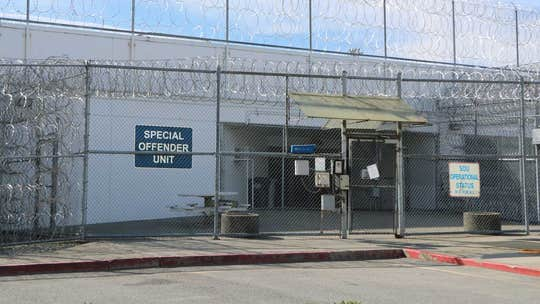 Hundreds of inmates at Washington state correctional facility reportedly threaten to start fires, take hostages