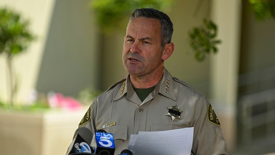 California sheriff says public health officer's coronavirus order to cover faces 'enforceable,' but calls for calm