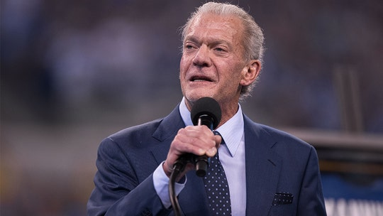 Indianapolis Colts owner Jim Irsay donates 10,000 masks during coronavirus fight