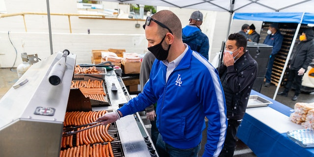 On Friday, the LA Dodgers teamed up with the LA Dream Center to make hot dogs for lunch.