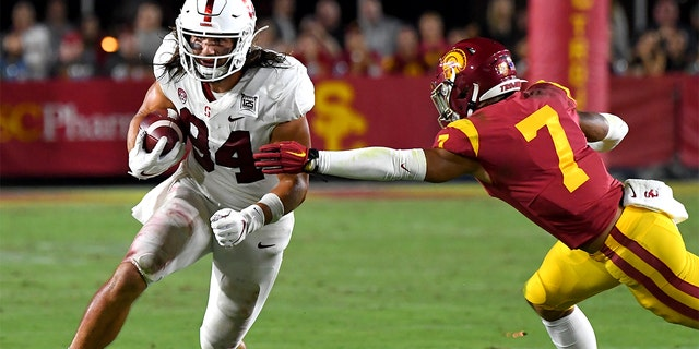 Tight end Colby Parkinson #84 of the Stanford Cardinal during a game against USC on September 7, 2019 in Los Angeles, California. (Photo by Jayne Kamin-Oncea/Getty Images)