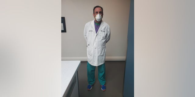 Jason Phillips is an ER doctor in Texas, he is now living away from his family as the Coronavirus Pandemic continues.