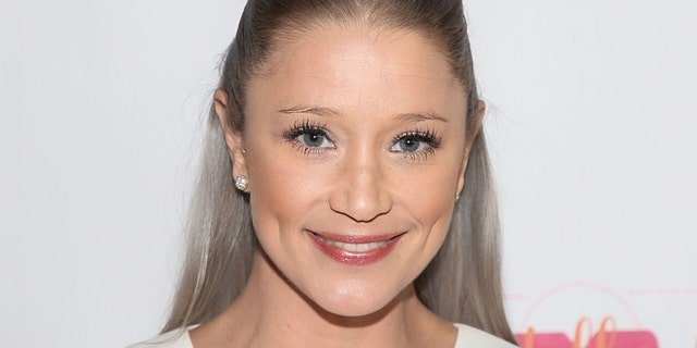 Actress Kristen Renton attends the Lupus LA 2019 Hollywood Bag Ladies Luncheon at The Beverly Hilton Hotel on November 22, 2019 in Beverly Hills, California.