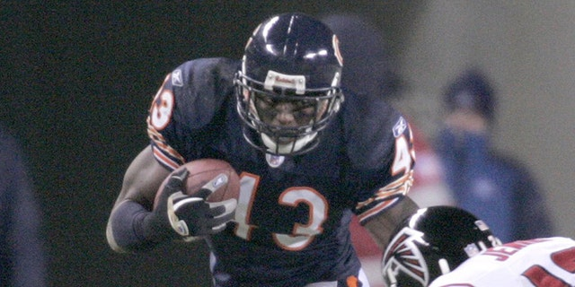 Michael Green played a few seasons for the Bears.