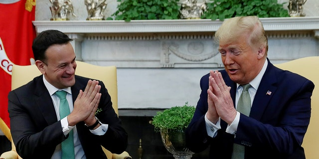 U.S. President Donald Trump meets with Ireland's Prime Minister, Taoiseach Leo Varadkar in the Oval Office of the White House in Washington, U.S., March 12, 2020. REUTERS/Leah Millis? - RC2FIF98CQOW