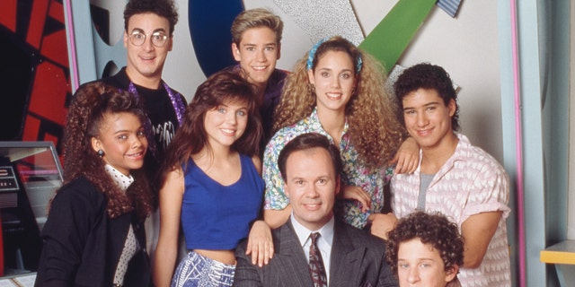 Mario Lopez Reacts to Co-Star Dustin Diamond's