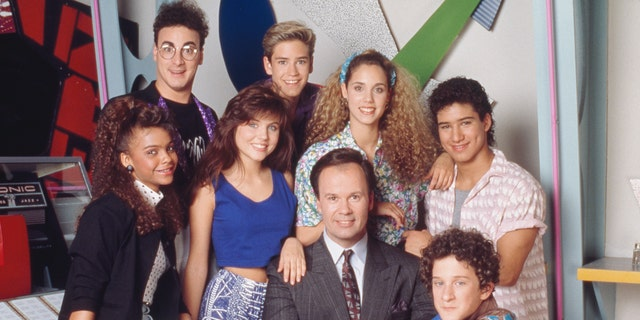 The First 'Saved By The Bell' Reboot Teaser Trailer Just Dropped