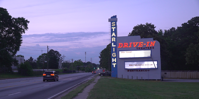Drive In Theaters Provide Nostalgic Connection During Coronavirus Pandemic Fox News