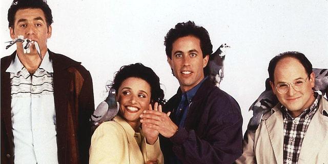 (L-R) Michael Richards, Julia Louis-Dreyfus, Jerry Seinfeld, and Jason Alexander
