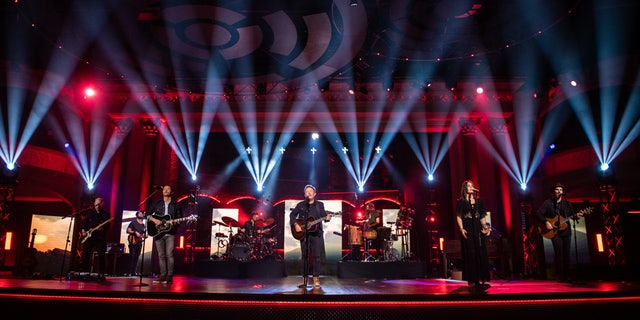 Popular Christian singer Chris Tomlin leads worship during TBN's Easter special.