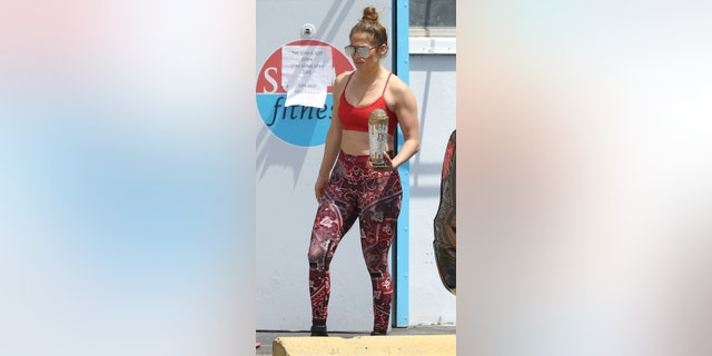 Jennifer Lopez and Alex Rodriguez are seen for the first time since the COVID-19 self-quarantine and hit up their local gym.