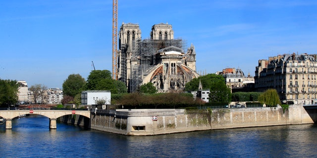 Notre Dame Cathedral worksite refitted for coronavirus safety