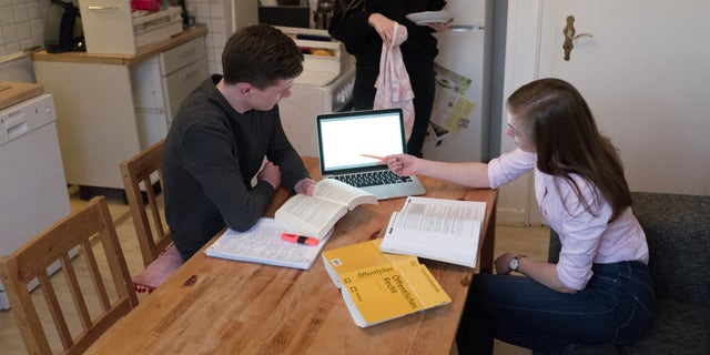 Teenagers are struggling with the anxiety and learning from home COVID-19 pandemic.