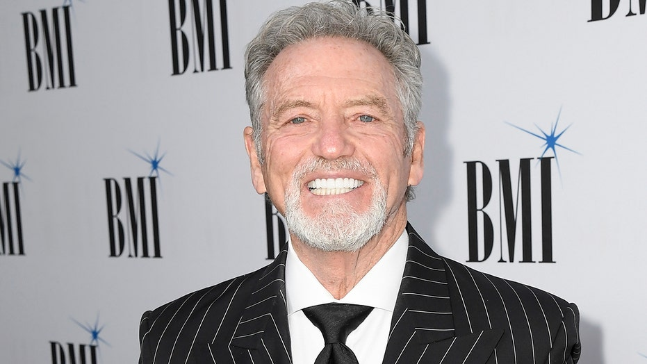 Country star Larry Gatlin weighs in on how coronavirus could