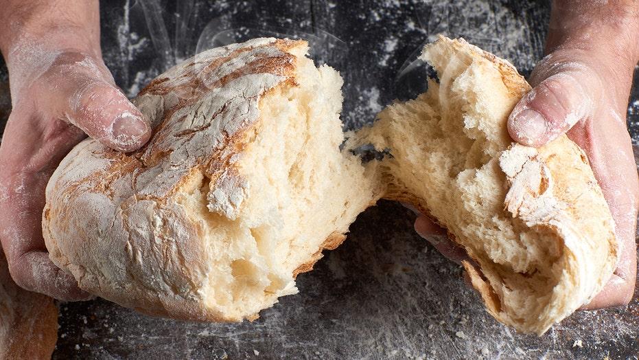 Celebrity Chef Jamie Oliver Shares Basic Bread Recipe Using