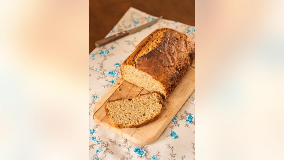 Paula Deen bakes a breakfast bread for 'Fox & Friends'