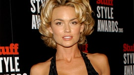 'Nip/Tuck' star Kelly Carlson says she left Hollywood to support husband's Navy career