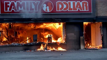 Minnesota governor, mayor slammed by local press, politicians for response to death, rioting