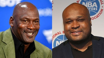 Michael Jordan warned Antoine Walker after opening 1997-98 season with loss to Celtics, ex-coach says