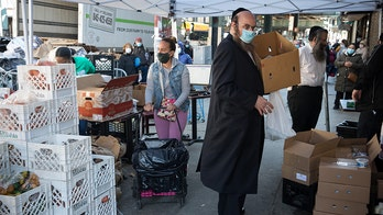 NYC to deliver a million meals a day to combat coronavirus food shortage, de Blasio says