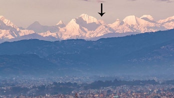 As coronavirus lockdown reduces pollution in Nepal, Mount Everest visible from over 120 miles away