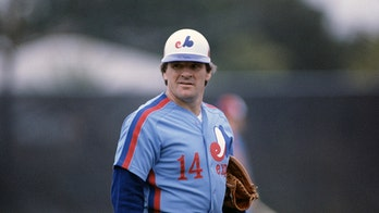 Pete Rose accused of using corked bat during brief time with Montreal Expos