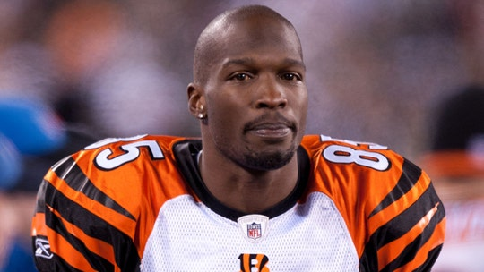 Ex-NFL star Chad Johnson spreads good tidings with huge tip for Florida restaurant worker