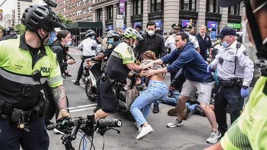 George Floyd protests in NYC turn violent: Officers punched, pelted, more than 40 people arrested
