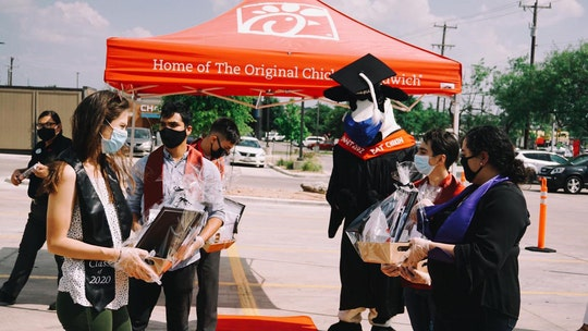 Texas Chick-fil-A hosts high school graduation ceremony for employees