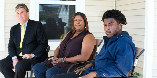 From left to right, Dameon Shepard, his mother Monica Shepard, and their attorney Jim Lea. (Mark Darrough/Port City Daily)