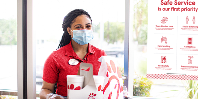 In addition to new protocol in the dining area, Chick-fil-A鈥檚 employees will be required to undergo temperature checks and a 鈥渉ealth assessment鈥� upon arriving for work.