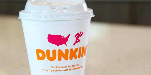 Westlake Legal Group Cup_06 Dunkin' restaurants now serving all hot drinks in paper cups, eliminating foam Janine Puhak fox-news/lifestyle fox-news/food-drink/drinks/coffee fox-news/food-drink fox news fnc/food-drink fnc article 3bcc0da4-59dc-53ba-ad01-a5b70b83cf73