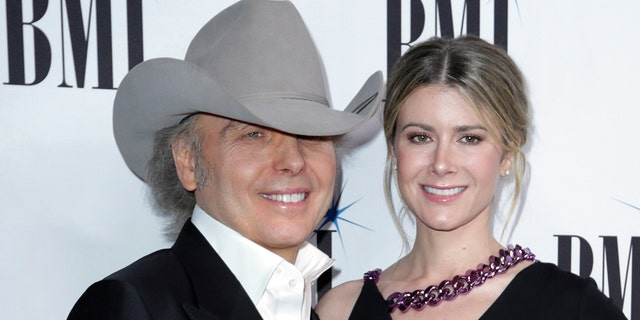 CountrycroonerDwight Yoakamtied the knot with his longtime fiancée Emily Joyce in an intimateweddingceremonyin March.