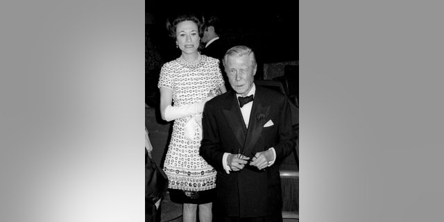 gardening Wallis Simpson, Duchess of Windsor and Prince Edward, Duke of Windsor attend Maurice Chevalier Opening on October 4, 1968 at the Theatre Champs-Elysees in Paris, France.
