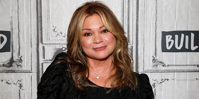 Valerie Bertinelli was married to Eddie Van Halen from 1981 直到 2007.