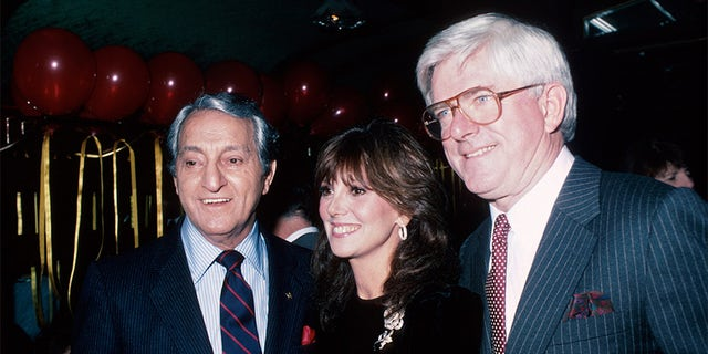 (L-R) Comedian Danny Thomas and daughter, actress Marlo Thomas with her husband Phil Donahue.