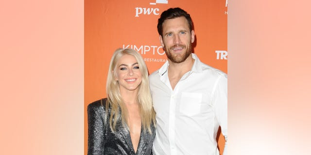Julianne Hough and Brooks Laich attend The Trevor Project's 2017 TrevorLIVE LA at The Beverly Hilton Hotel on December 3, 2017, in Beverly Hills, Calif.