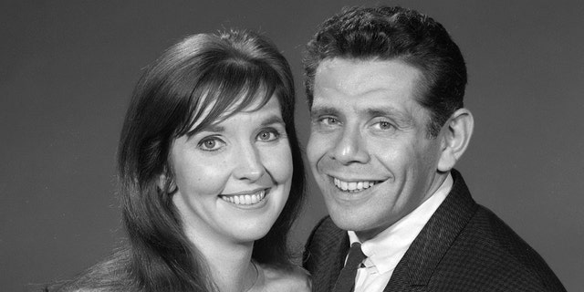 "Anne Meara and Jerry Stiller are photographed for ""The Ed Sullivan Show,"" Nov. 7, 1966. (Getty Images)"